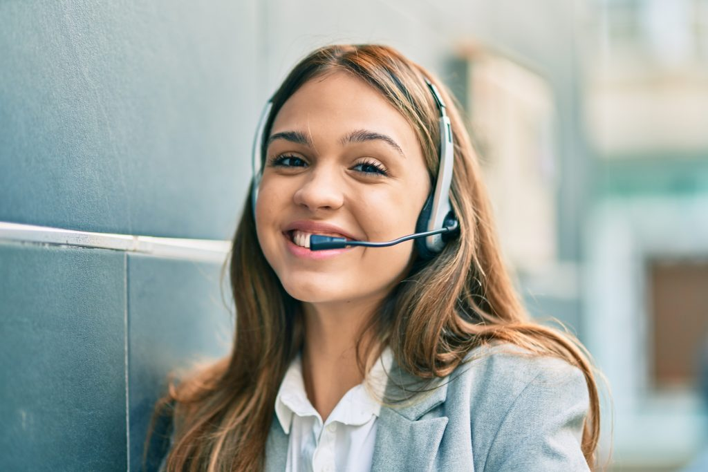 Los Angeles Customer Service | Customer Service | Refreshment Solutions | Vending Service